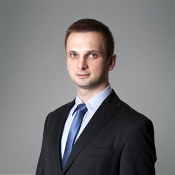 Marek Topór, PhD : senior associate