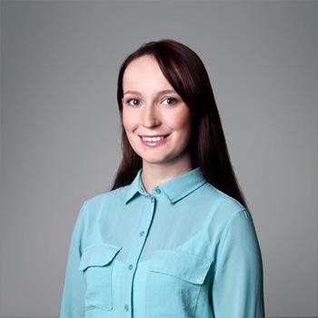 Natalia Mruczek : partners assistant/ librarian