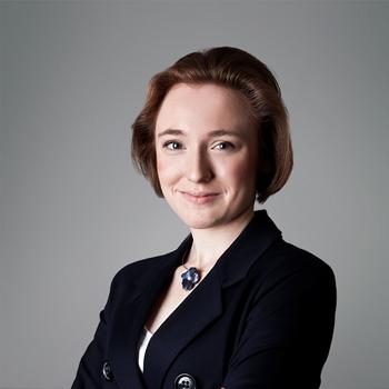 Anna Paluch : associate