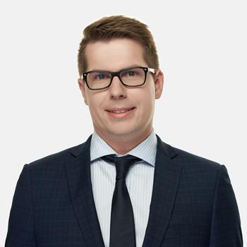Marek Malciak : senior associate