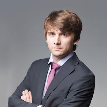 Tomasz Sowa : senior associate