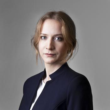 Paulina Czuj : associate